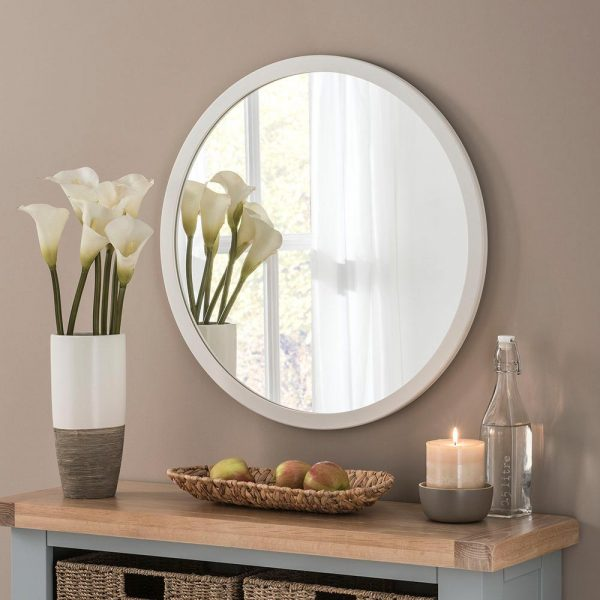 Classic Circle Mirror in Ivory