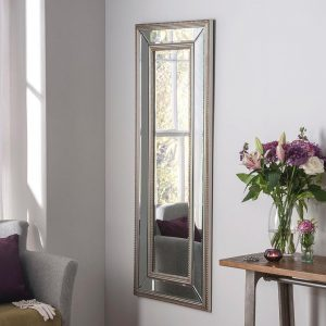 PARIS Contemporary mirror in Silver