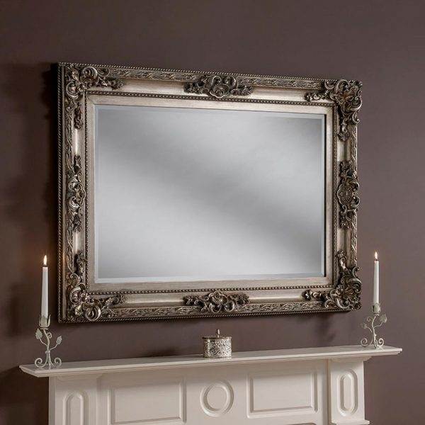 YG137 Baroque rectangle mirror in Silver