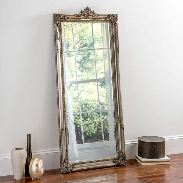 YG617 Baroque Mirror in Silver